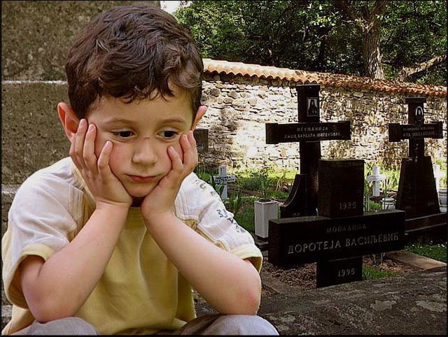 Învăţaţi-i pe copii să ceară ajutorul lui Dumnezeu, Cuviosul Porfirie Kavsokalivitul