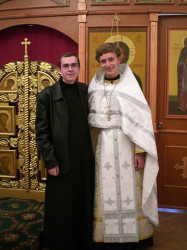 M@XIMOS  With the new Russian priest  2007-09-15 19:21:29
