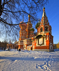 A.F.Kozlovskiy  St. Basil's Cathedral with an unusual point of view  2011-01-21 18:54:55