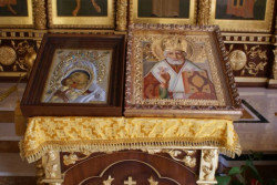 Meldelen  Holy Icons - Mother of God & Saint Nicholas of Myra  2012-03-21 23:53:08