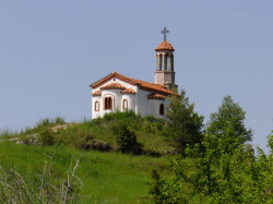 Damianka  Church on the way between Borovo and Krastova Gora  2013-07-01 07:33:07