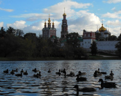 jarek1  Sunset over Novodevichy monastery in Moscow - 3  2013-10-07 18:06:44