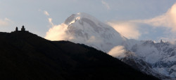 sakartvelo  Cminda Sameba and Mt. Kazbek  2014-01-13 10:53:17