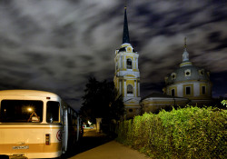 dennis-spb  Landscape in Moscow with bus and church  2014-12-18 23:56:22
