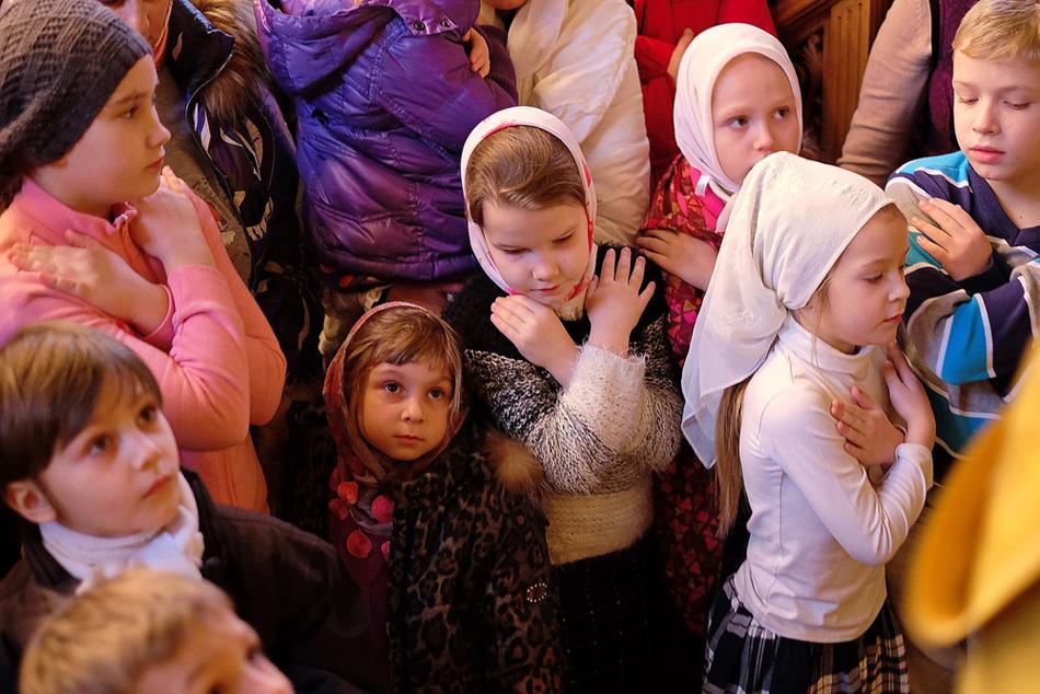 В церкви картинка для детей