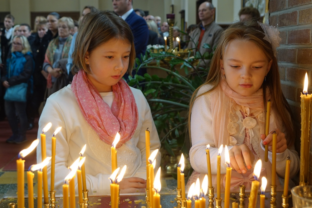 Children and candles