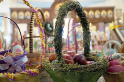 MikaV  Easter eggs  2017-06-10 19:13:17