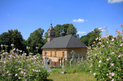 jarek  The Orthodox cementary chapel in Mielnik  2017-07-25 20:06:29