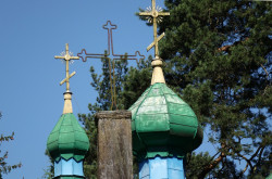 jarek  Crosses on the top of Augustowo Orthodox church  2017-10-16 20:03:38