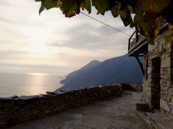 Mitrut Popoiu  Small paradise at the seaside  2018-03-07 21:34:20