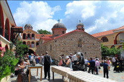 ursache  Monastery of Saint David - Evia Island, before the canonization of the saint Iacov Tsalikis  2018-08-01 22:20:36