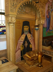 Sheep1389  Relics of st. Raphael of Brooklyn  18  2018-11-03 14:50:54
