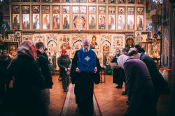 Vlutes   Visit of the Kursk-Root Icon of the Mother of God