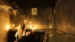 Malczyk  Praying girl with candle  2019-07-17 22:51:50