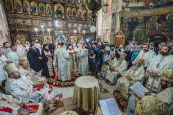 Rusu Tudorel  A new bishop in town! (Consecration of Bishop Damaschin of Dorna - Suceava, Romania)  2019-09-08 23:54:37