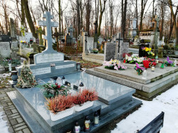 jarek   The Orthodox cementary in Warsaw