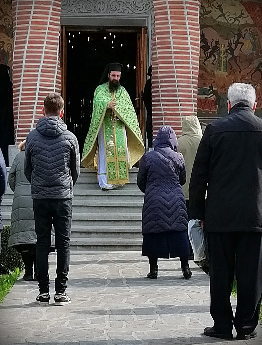 The last Divine Liturgy with believers