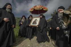 most  Solemn processwion for the Fovera Prostasia feast in Kotloumousiou monastery. Athos, 20 IV 2014  2020-04-20 23:09:58