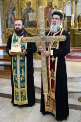 alik  Fr Neophytos from Omodos holding piece of Holy Cross and rope  2020-07-29 23:20:22